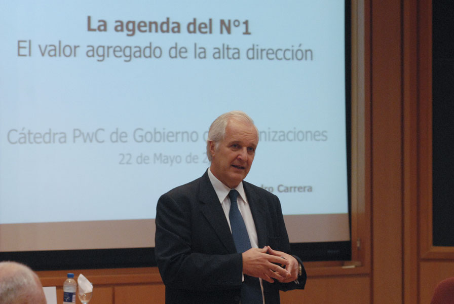 Prof. Alejandro Carrera